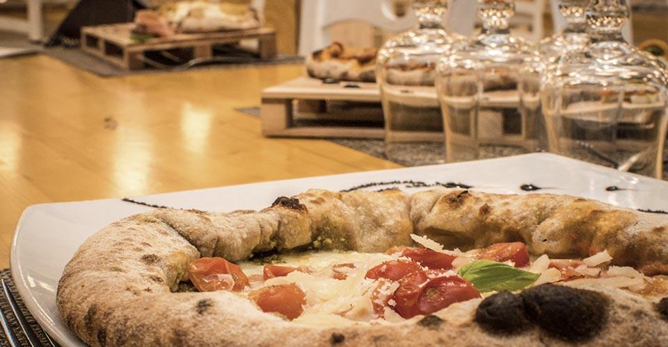 pizza a cena con amici don carmelo palermo
